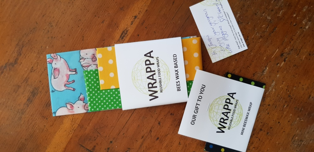 DIY plastic free alternative to cling wrap - How to Make Reusable Food Wraps